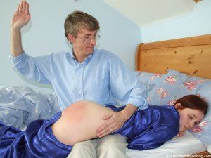 Northern Spanking - Lights Out - image 5