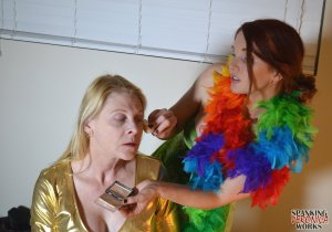 Spanking Veronica Works - Makeup Artist Spanking Part 1 - image 4