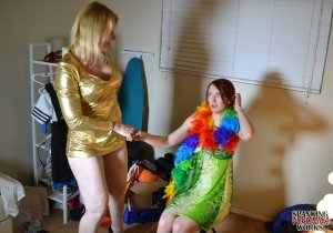 Spanking Veronica Works - Makeup Artist Spanking Part 2 - image 5