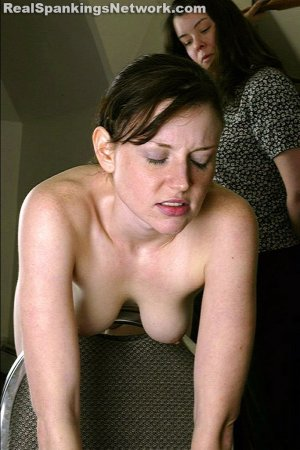 Real Spankings - Faces Xiii: Donna Part 2 - image 4