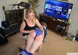 My Spanking Roommate - The Spanking Deal - image 3