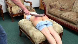 Real Spankings - A Proper Whoopin' After Getting Paddled At School - image 8